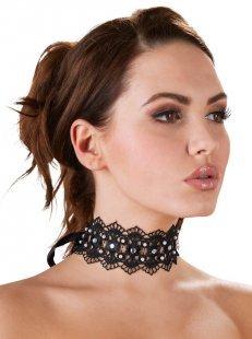 Halsband auch Stickerei mit Perlen und Strasssteinen, mit Satinschleife
