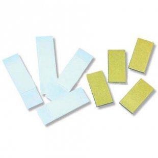 BIECO Klebestreifen und Magnete für Holzbuchstaben