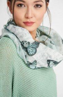 Loop-Schal mit Muster