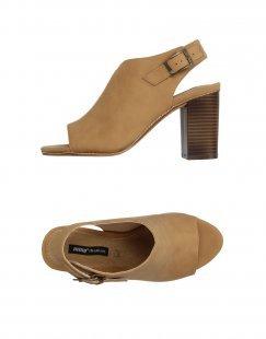 MTNG Damen Sandale Farbe Kamel Größe 9